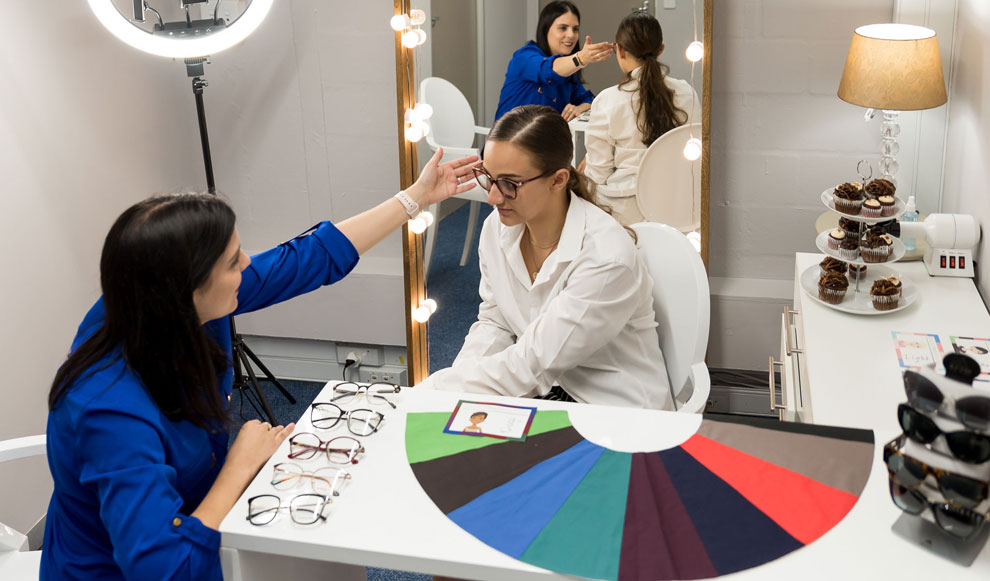 Camarena Porter Optometrist has launched a brand-new Eyewear Styling Consultation Service